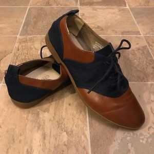 Restricted Oxfords in Brown and Navy